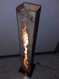 lampadaire clouté Image