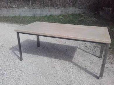 table sérusée Image