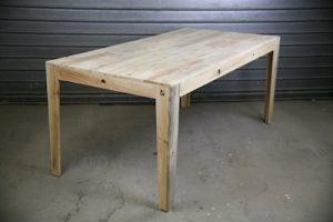 Table basse tout bois Image